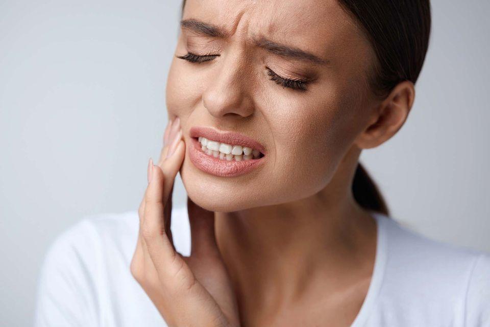 emergency-dentistry teeth at Leumeah