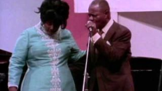 Louis Armstrong & Mahalia Jackson - Just A Closer Walk With Thee - 7/10/1970 (Official)